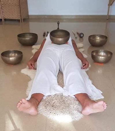 Taller de masaje de sonidos de Ángel Molina
